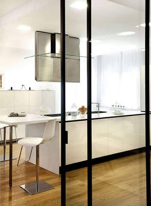 Porta in vetro villa Ceresara - Devincenti Multiliving negozio arredamento e design Mantova