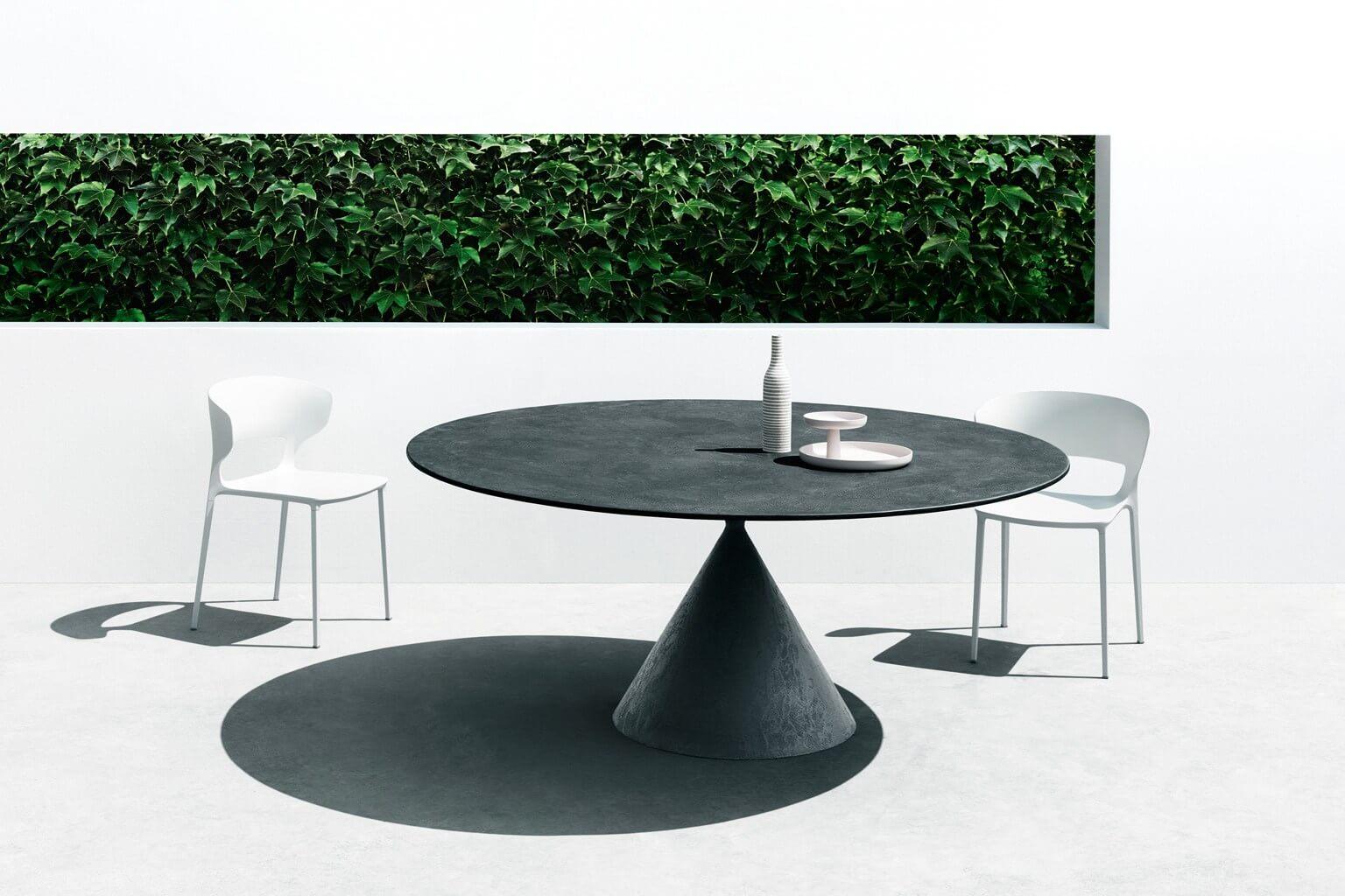 Tavolo Clay Desalto - Devincenti negozio di arredamento e design Brescia